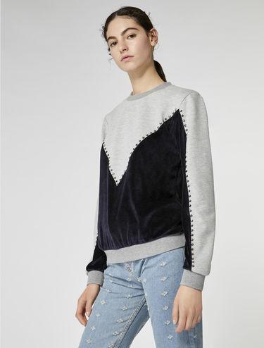 Sweatshirt mit Samt und Strasssteinen