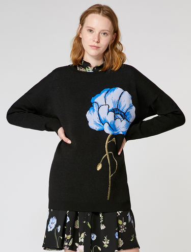 Jacquard flower sweater