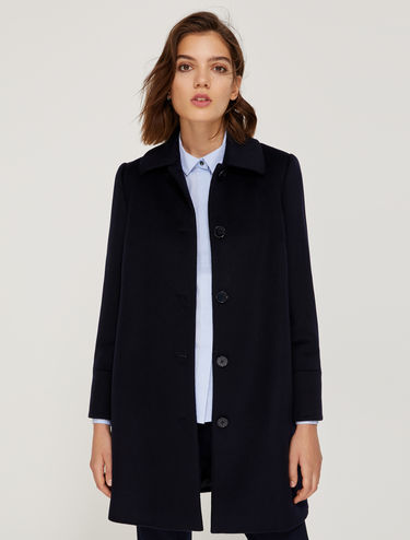 Straight fit coat in pure wool