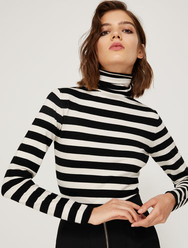 Stretch polo neck sweater