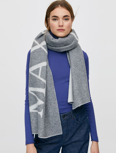 Maxi scarf with maxi logo