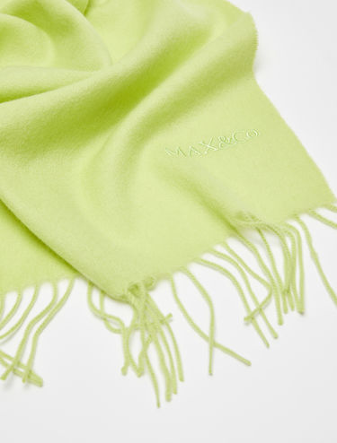 Scarf in pure cashmere with fringing