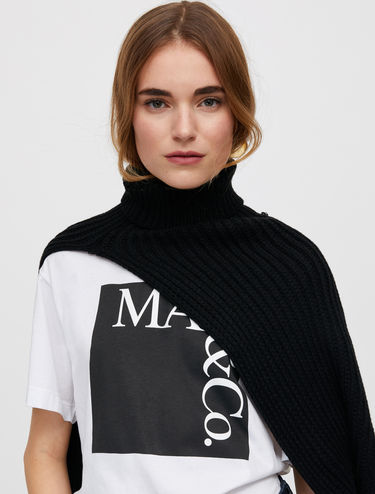 Ribbed knit collar-scarf