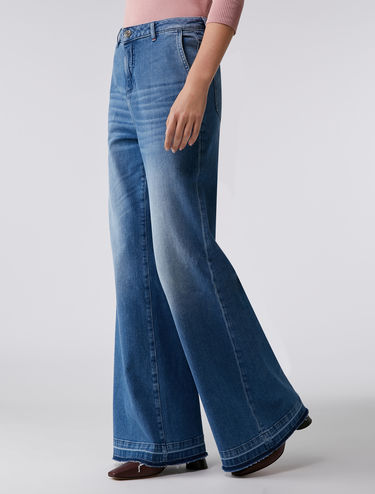 Flared raw hem jeans