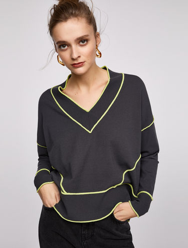 V-neck jumper with 3D neon trim