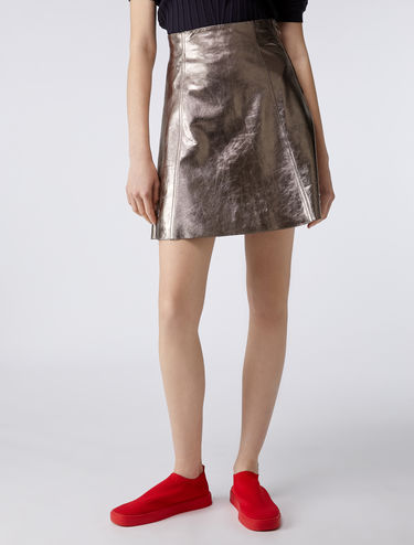 Mini-skirt in laminated nappa