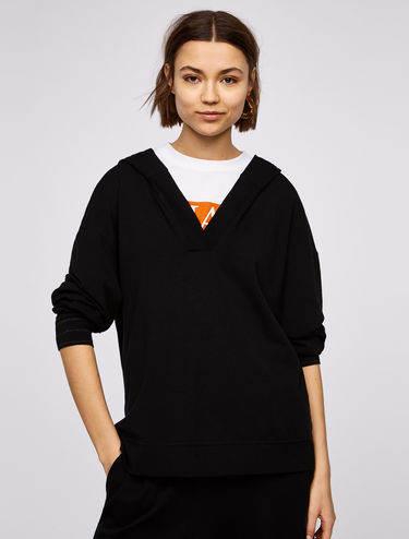 Fine-knit hooded sweatshirt
