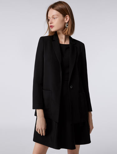 Fluid-fit blazer