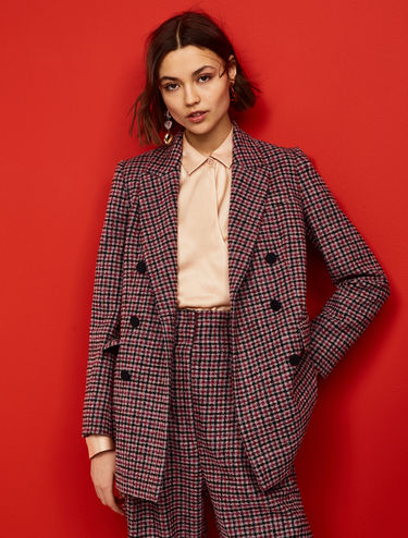 Double-breasted bouclé blazer
