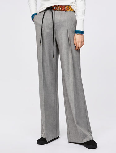 Wide-leg trousers with darts