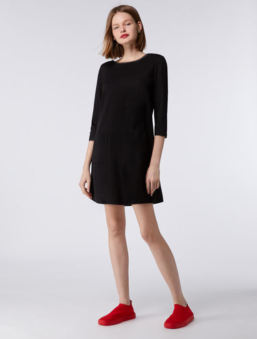 Shift dress with contrasting edging