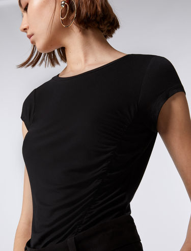 Asymmetrisches Bodycon-T-Shirt
