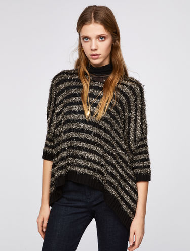 Fluffy jumper with 3D lamé stripes
