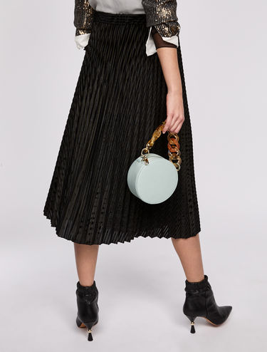 Pleated skirt with velvet stripes
