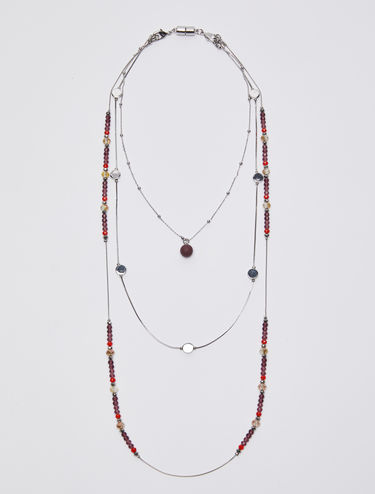 Three-string necklace with pearls
