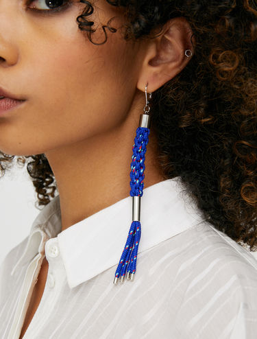 Braided earrings in technical cord