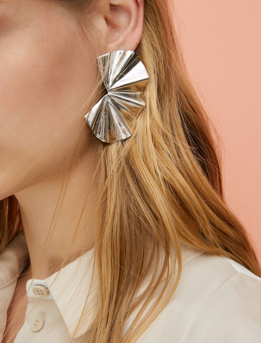 Metal shell earrings