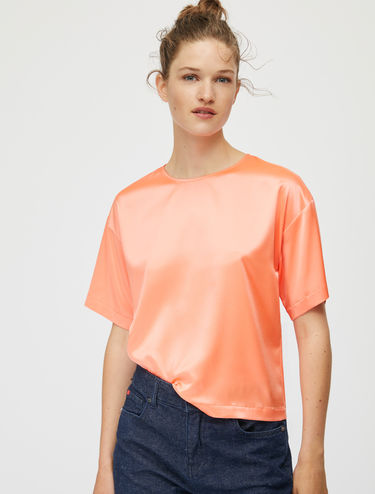 Short-sleeve stretch silk satin blouse