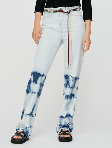Jeans in tie-dye bleached denim