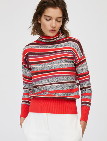 Wavy striped jumper