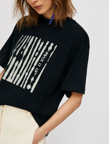 T-shirt with abstract pattern