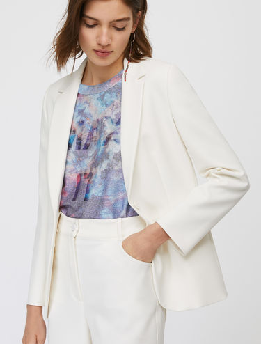 Slim-cut straight line blazer