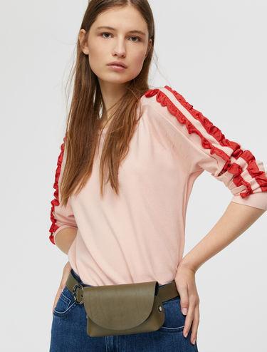 Pullover mit kontrastierenden Rüschen