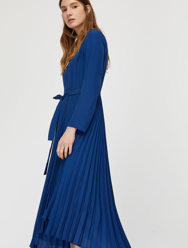 Pleated dress with lamé insert