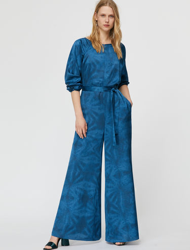Satin-Jumpsuit in Batikoptik