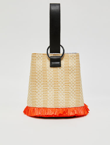 Bucket bag in woven raffia