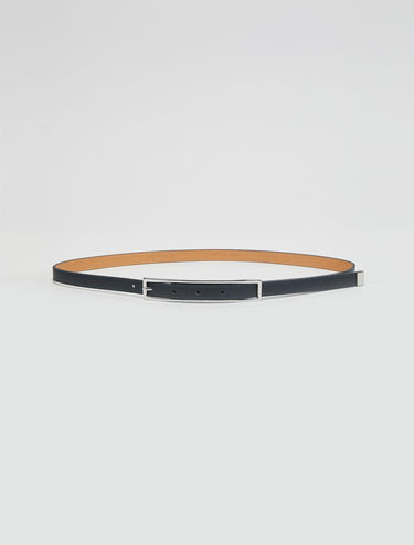 Cinturón de piel estrecho
