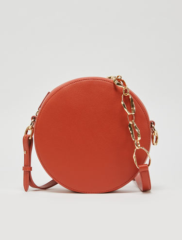 Dot bag with 3D chain