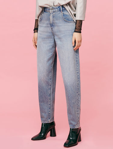 Mom jeans stone washed