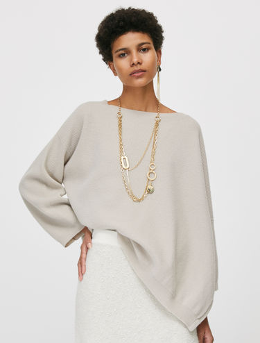 Oversized jumper in pure wool