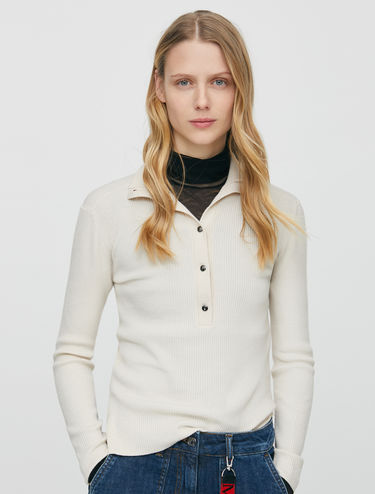 Ribbed slim jumper