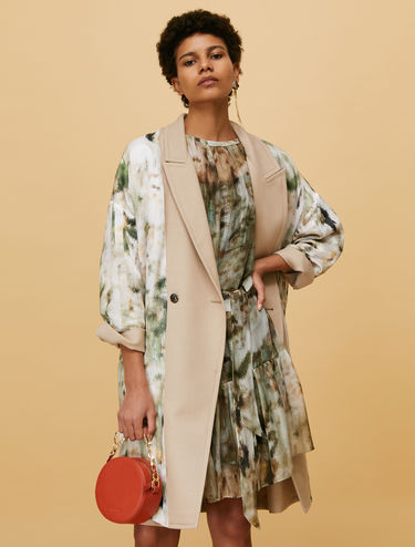 Reversible coat in twill and satin