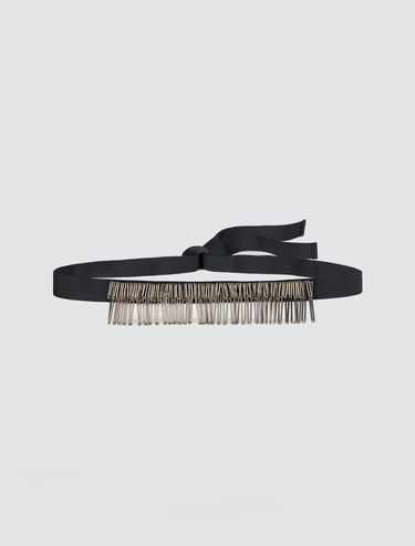 Belt with jewelled fringe