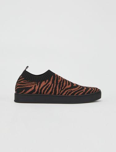 Oya Sneakers aus Jacquard