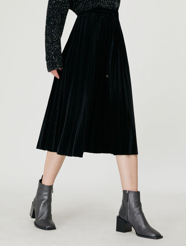 [バチャーレ] ベルベット プリーツスカート