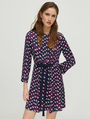 Kleid mit geometrischem Aufdruck