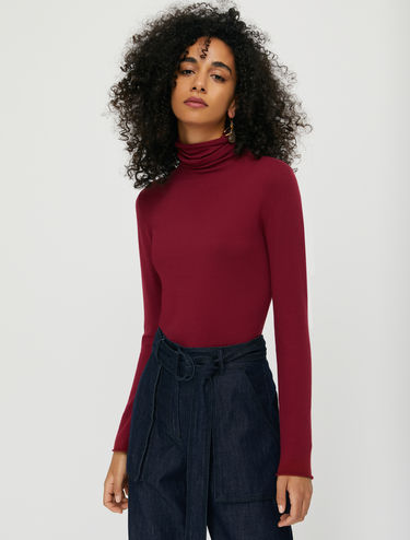 High-neck stretch jumper