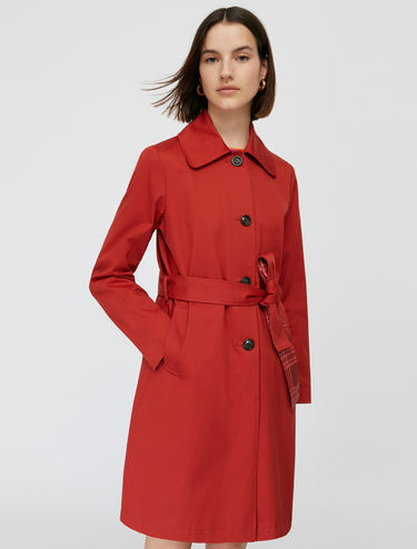 Reversible trench coat in gabardine