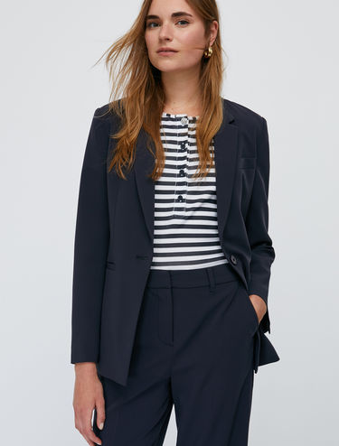 One-button slim-fit blazer