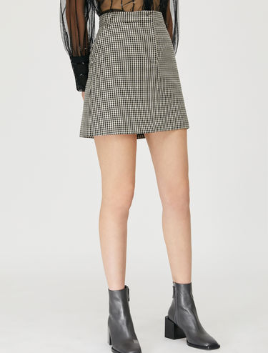 Checked skirt with micro sequins