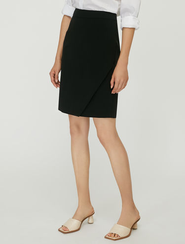Skirt with asymmetric detail