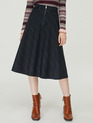 Cool wool skirt