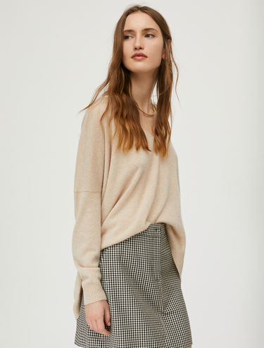Oversized wool and cashmere jumper