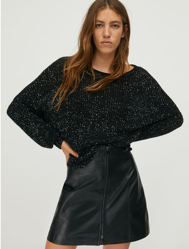 Ribbed jumper with sequins