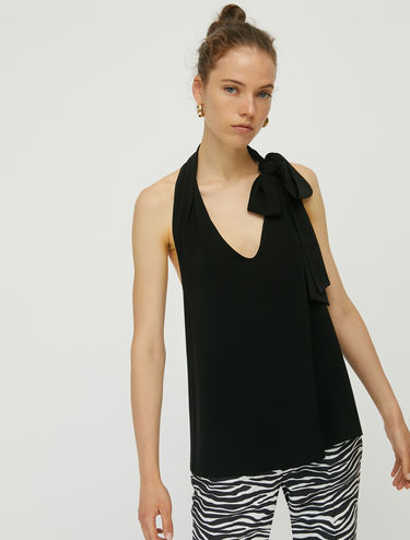 Crêpe jersey top with bow detail