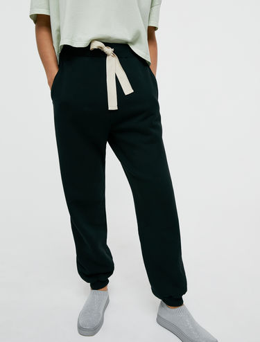 Fleece and canvas joggers
